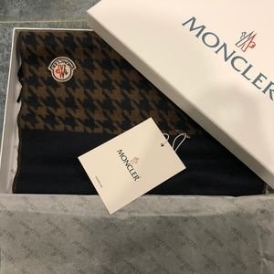 MONCLER UNISEX SCARF CASHMERE NEW WITH TAGS & BOX